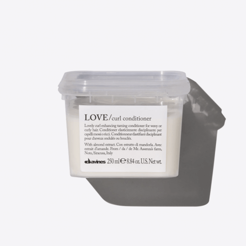 Davines Essential Haircare LOVE CURL Conditioner 250ml kappersoutlet